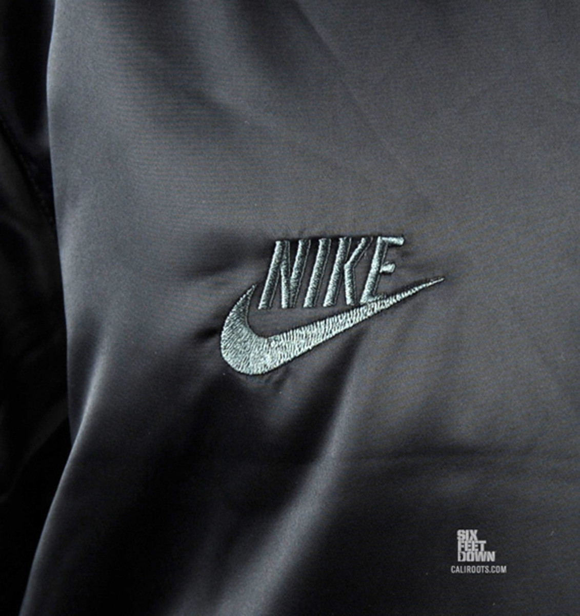 nike-sportswear-varsity-destroyer-jacket-black-black-08