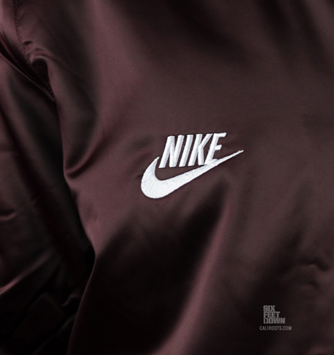 nike-sportswear-varsity-destroyer-jacket-burg-08