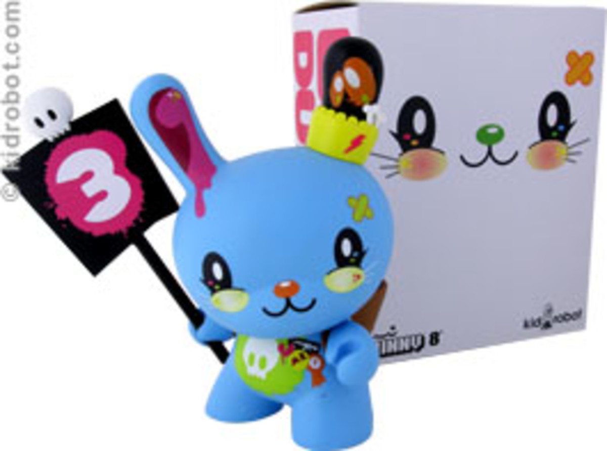 "8"" Love Dunny Launch + Signing @ Kidrobot LA - 2"
