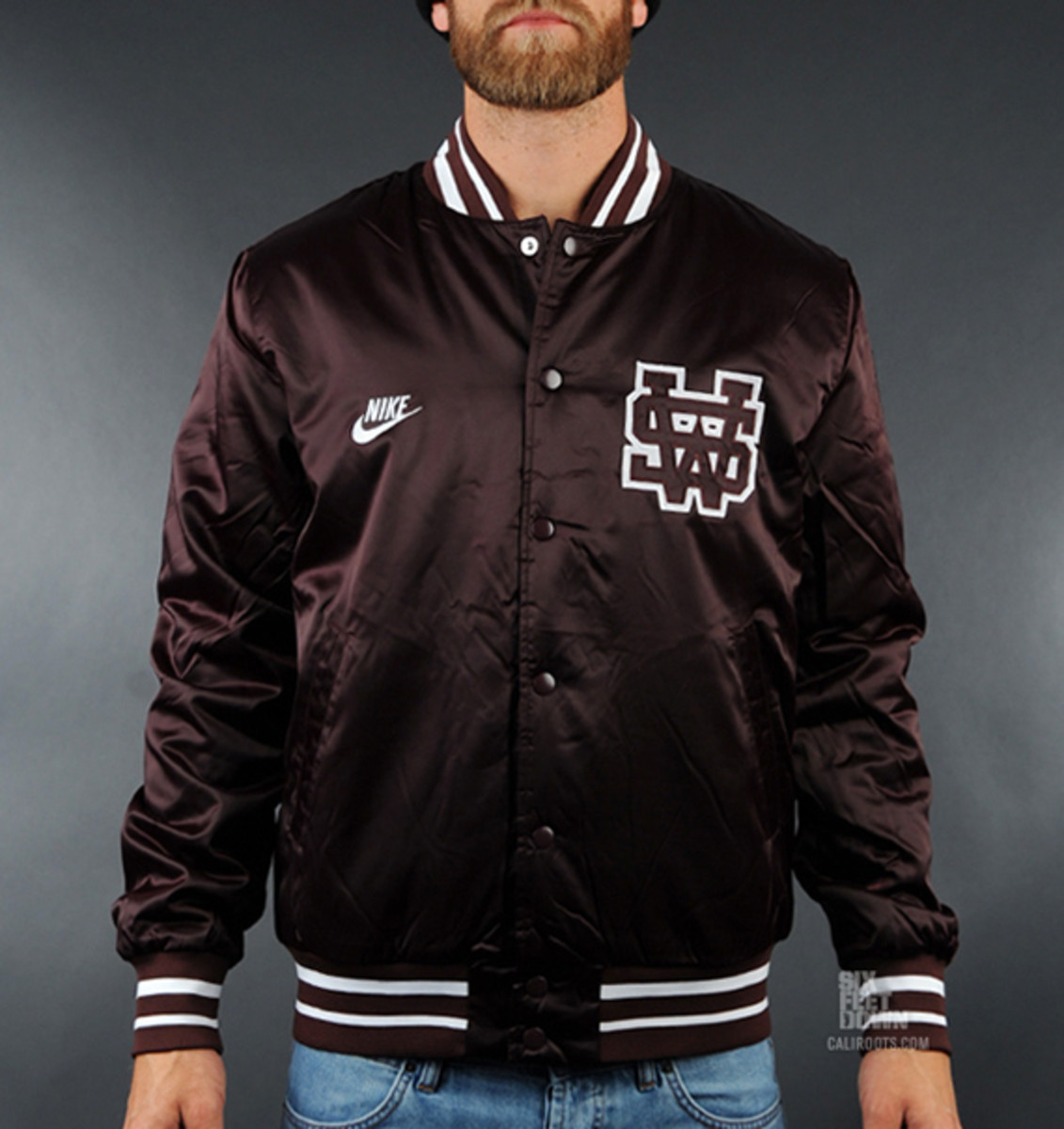 nike-sportswear-varsity-destroyer-jacket-burg-01