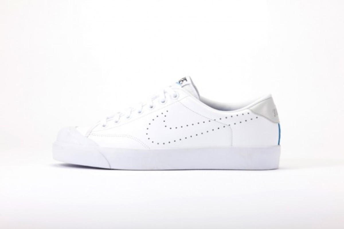 fragment-design-nike-zoom-all-court-low-2