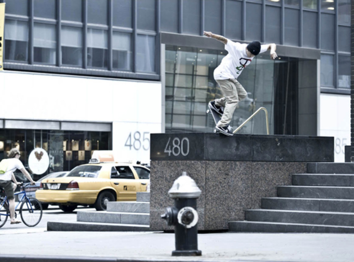 nike-sb-zoom-air-paul-rodriguez-iv-4-commercial-01