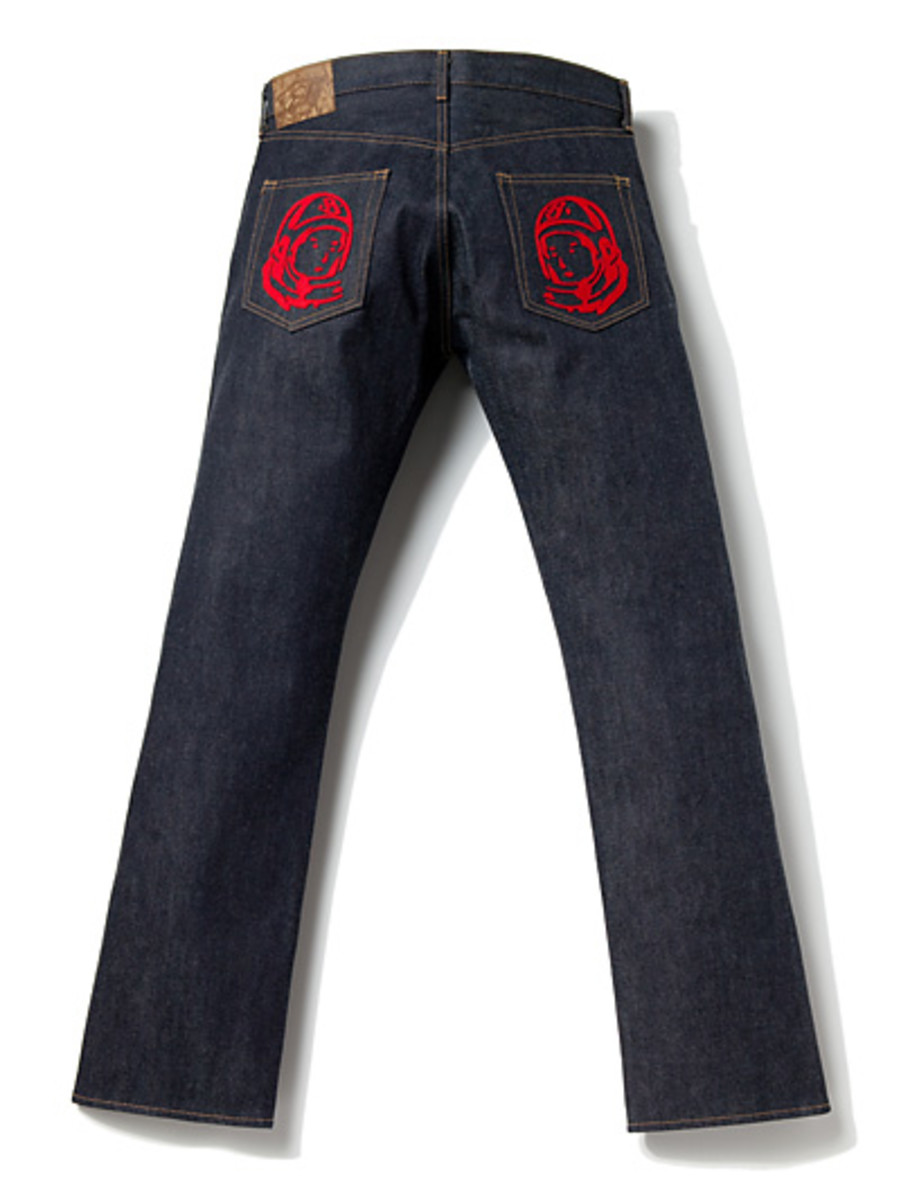 Regular Cut Astronaut Face Felt Patch Jeans 2