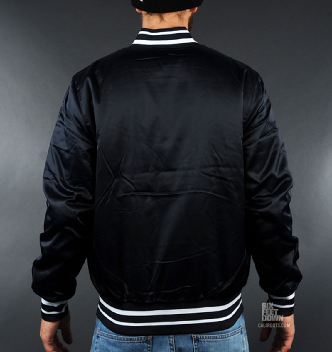 nike-sportswear-varsity-destroyer-jacket-black-03