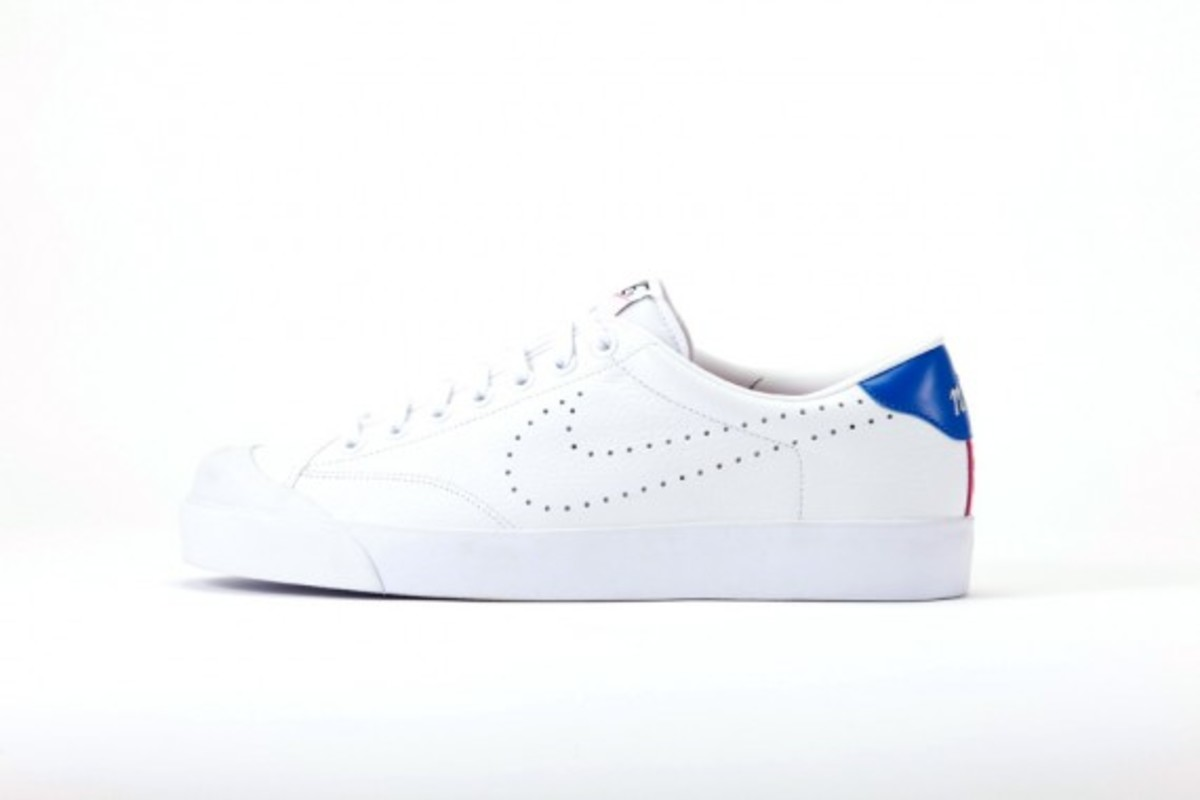 fragment-design-nike-zoom-all-court-low-4
