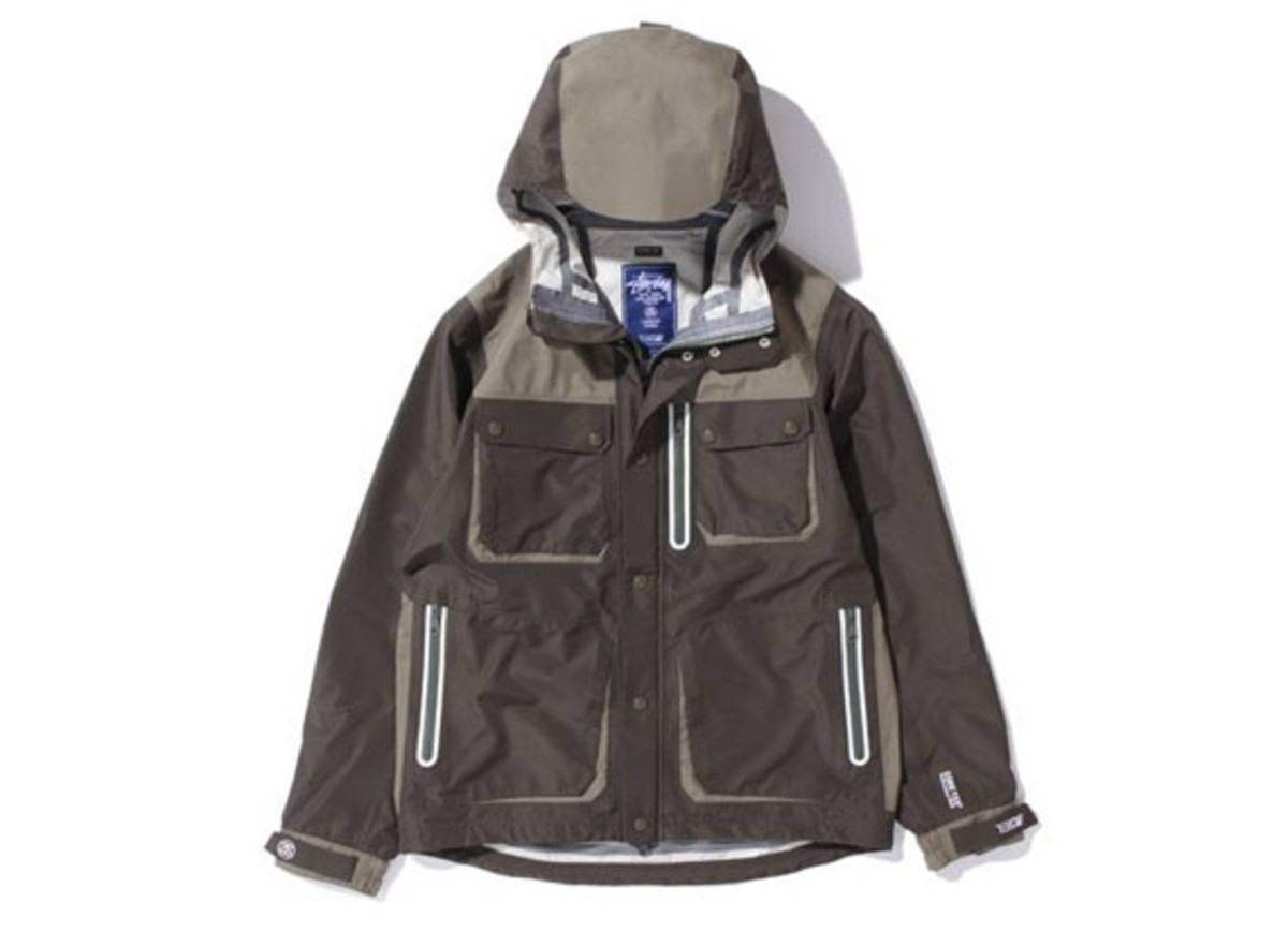 Stussy-x-13DW-Gore-Tex-Tactics-Field-Jacket-4