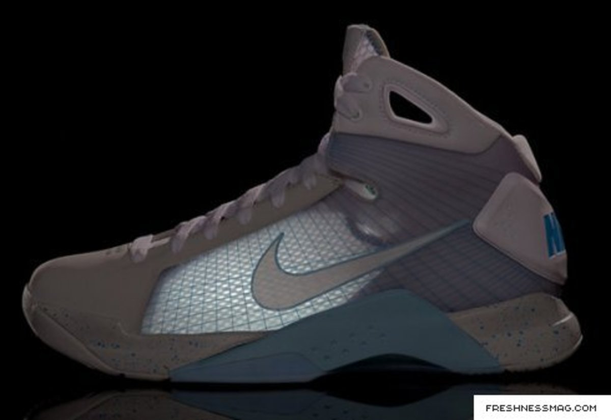 newest 77aab e419d Nike HyperDunk (McFly) 2015 - NY Release - July 12th