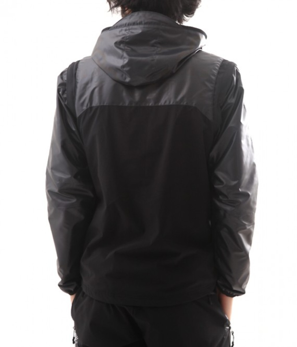 100-ATHLETIC-stretch-warm-hooded-parka-08