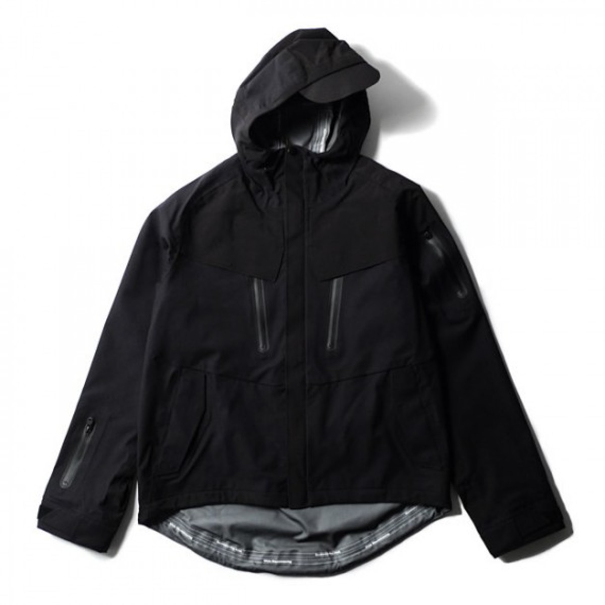 blk-by-white-mountaineering-raptor-01