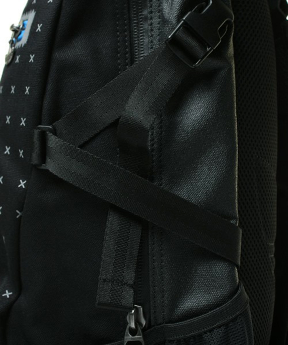 adidas-originals-ot-tech-backpack-11