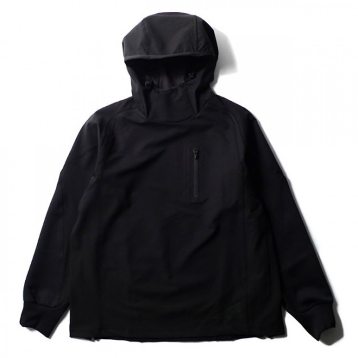 blk-by-white-mountaineering-skynight-01