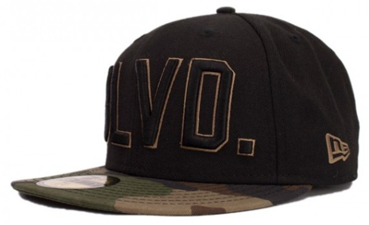 primitive-fall-2010-fitteds-and-snapbacks-3
