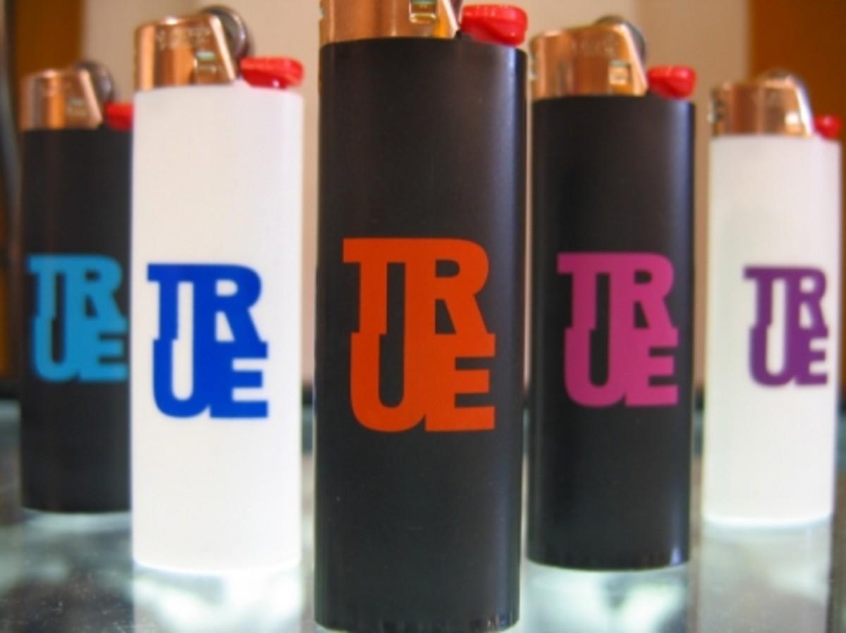 TRUE - Lighters