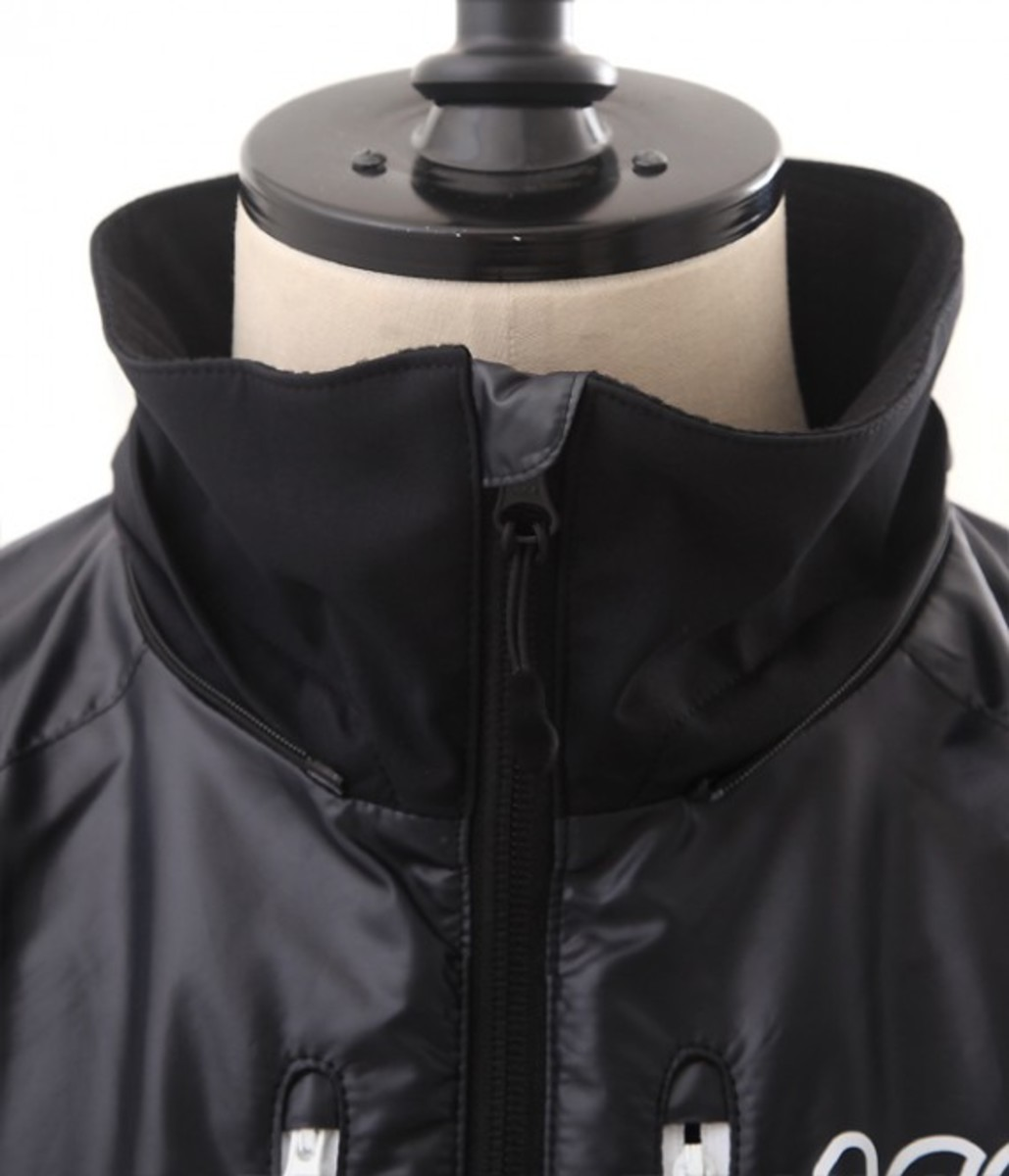 100-ATHLETIC-stretch-warm-hooded-parka-04