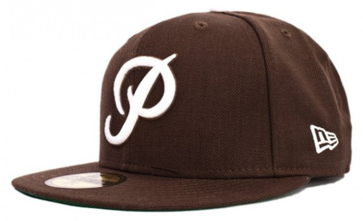 primitive-fall-2010-fitteds-and-snapbacks-2