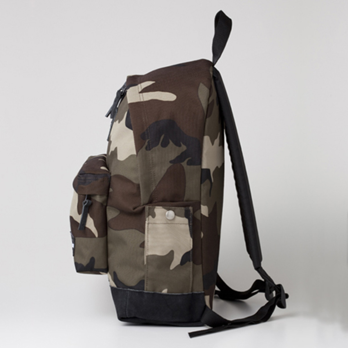 Authentic Woodstock Backpack Camouflage 2
