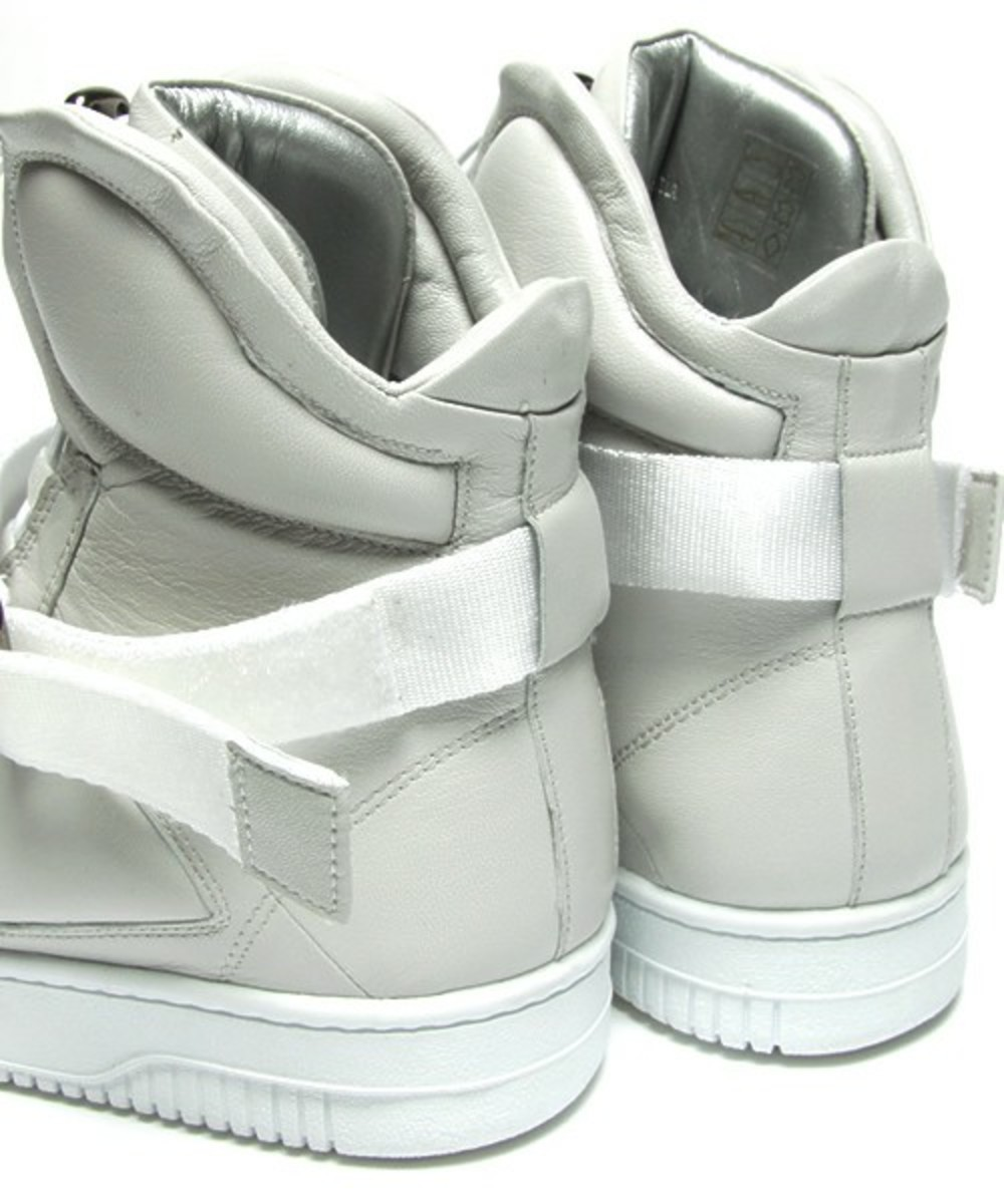 Marc Jacobs High Top Sneakers 9
