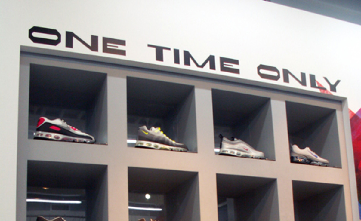 Nike One Time Only @ ATMOS Tokyo - 0