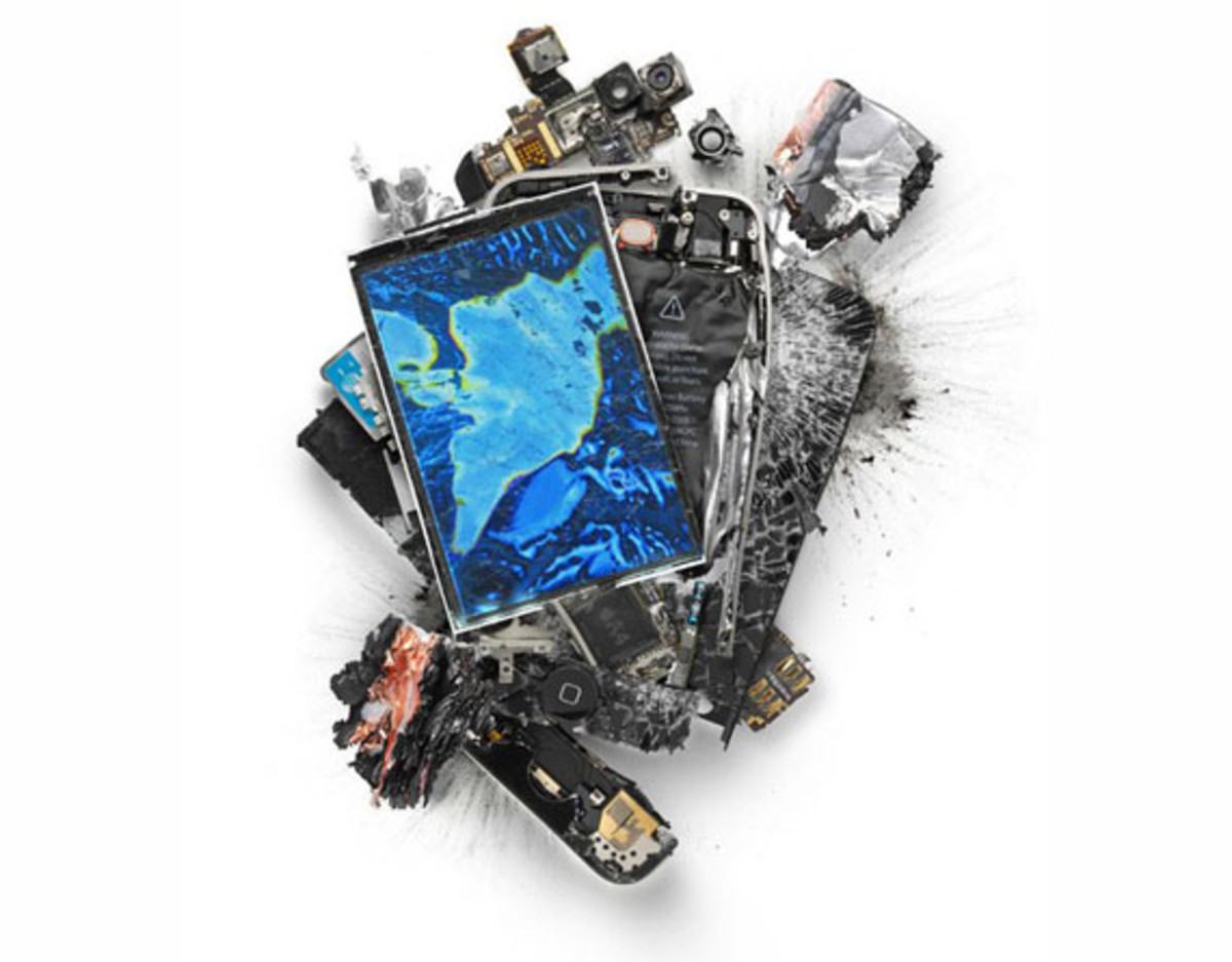 destroyed-apple-products-6