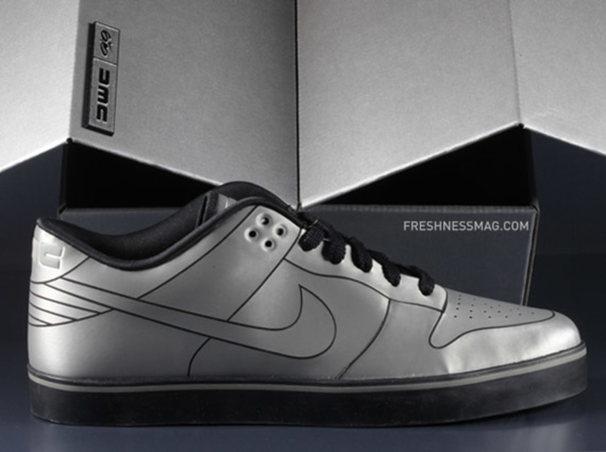 nike-dunk-delorean-02
