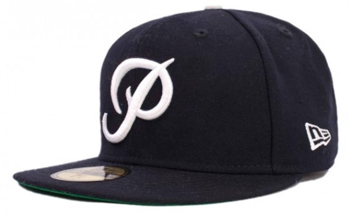 primitive-fall-2010-fitteds-and-snapbacks-1