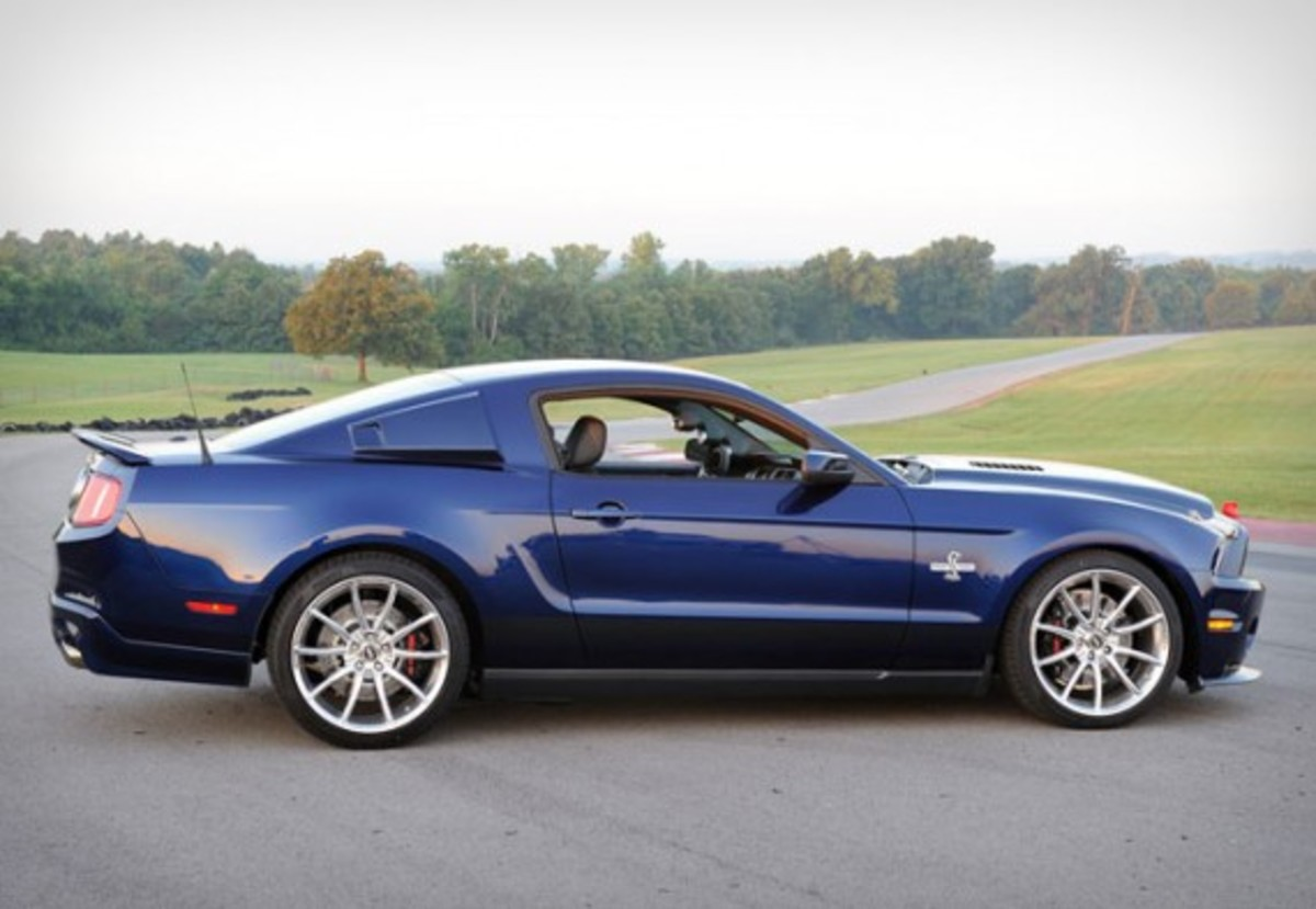2011-Ford-Shelby-GT500-Super-Snake-Gear-Patrol-2