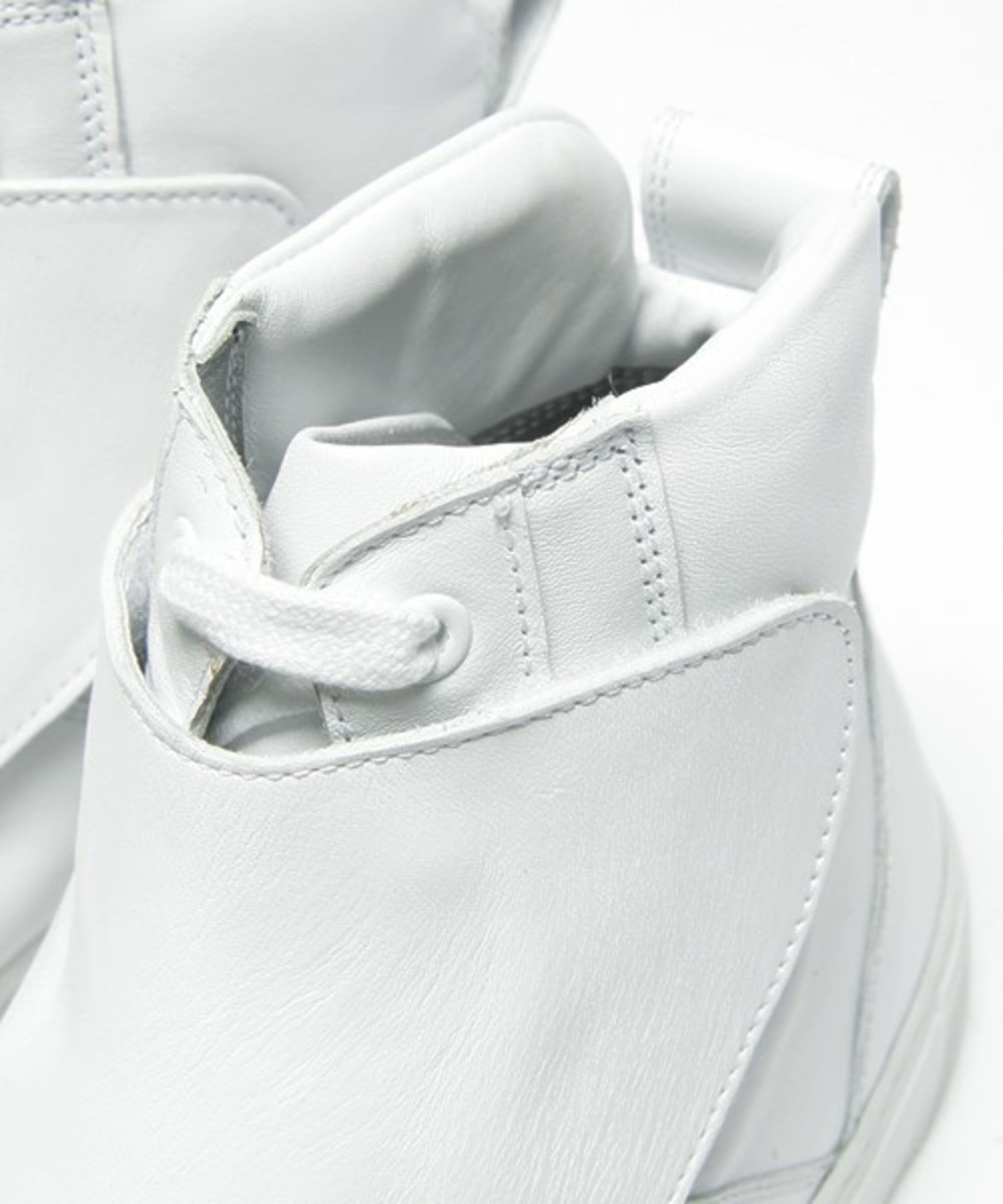 Marc Jacobs High Top Sneakers 17