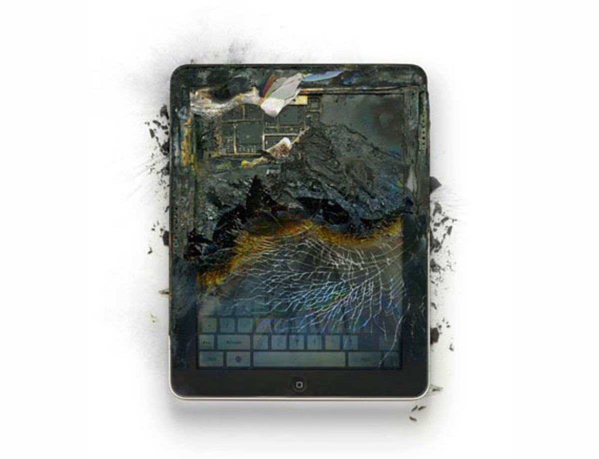 destroyed-apple-products-4
