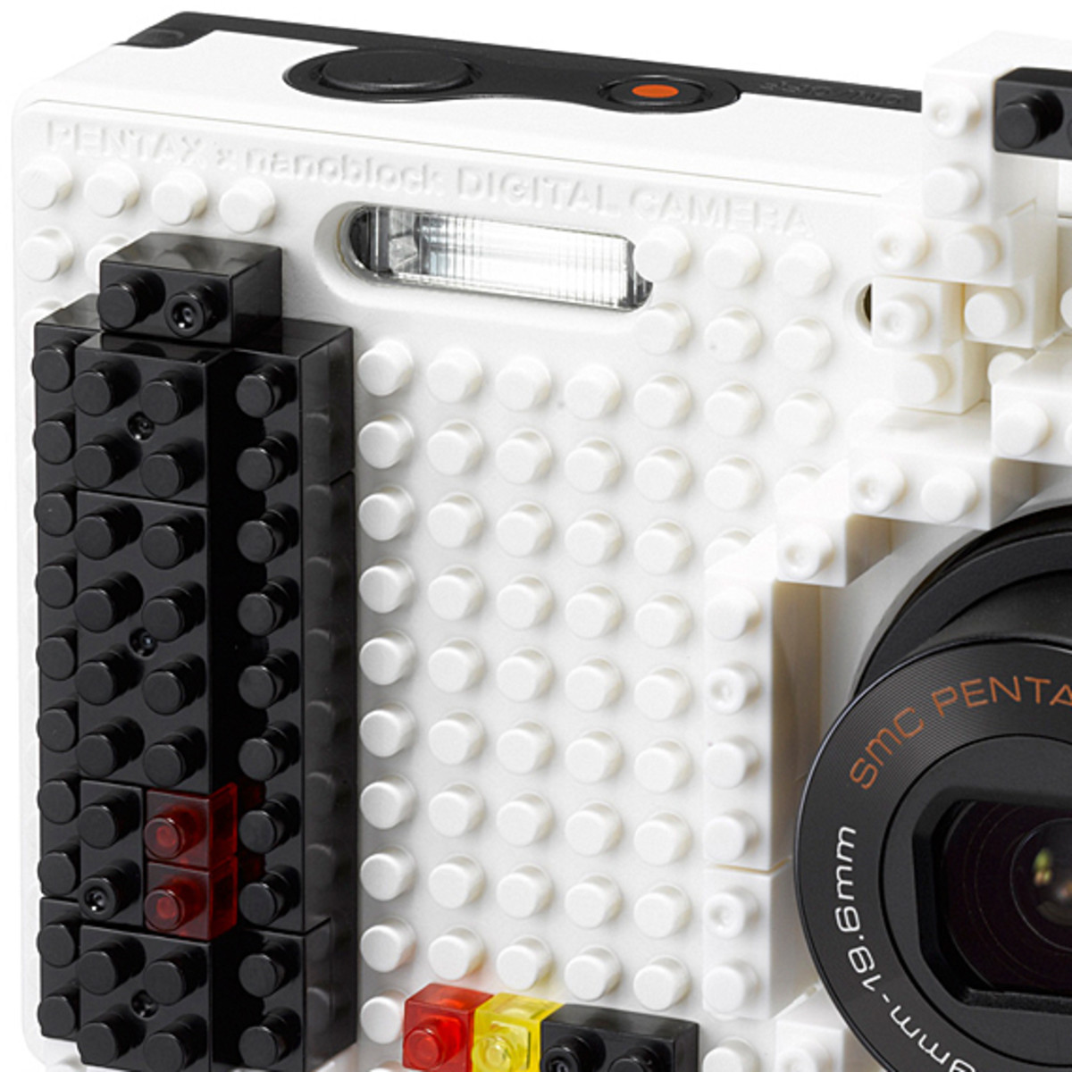 nanoblock-pentax-optio-nb1000-white-03