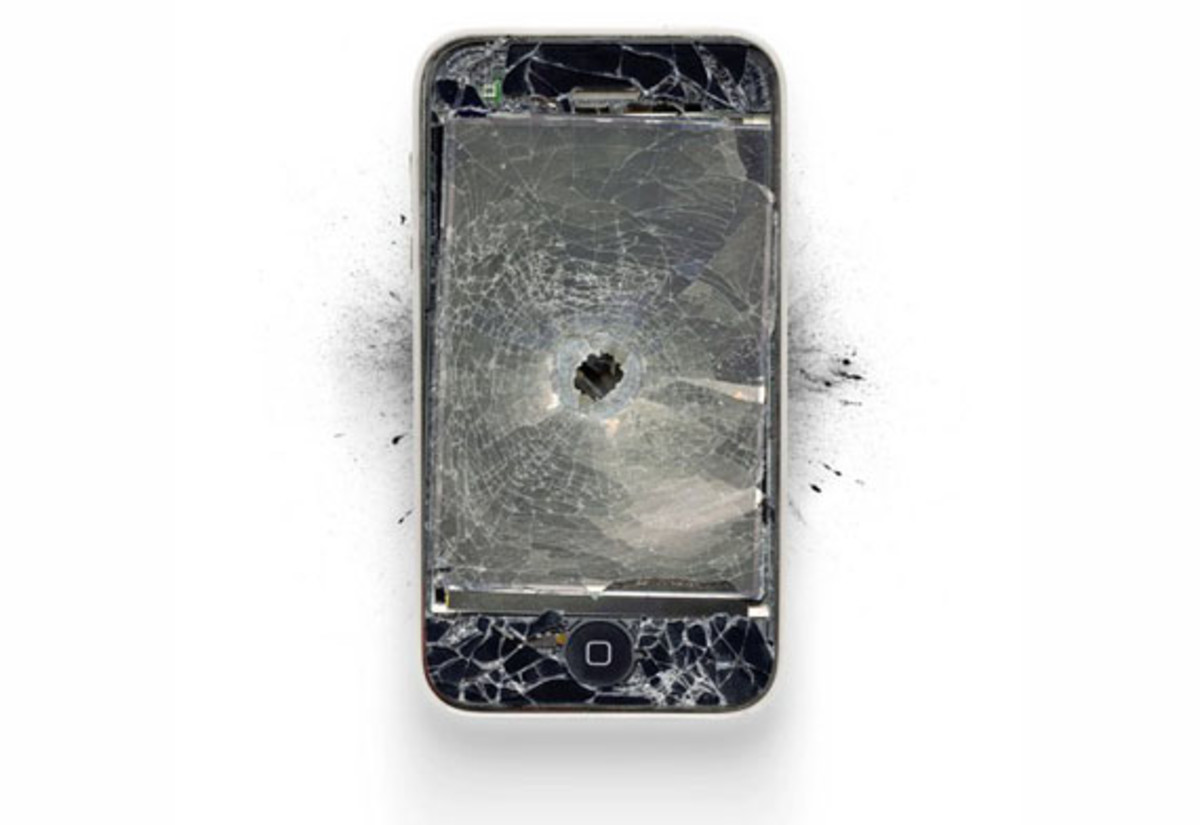 destroyed-apple-products-1