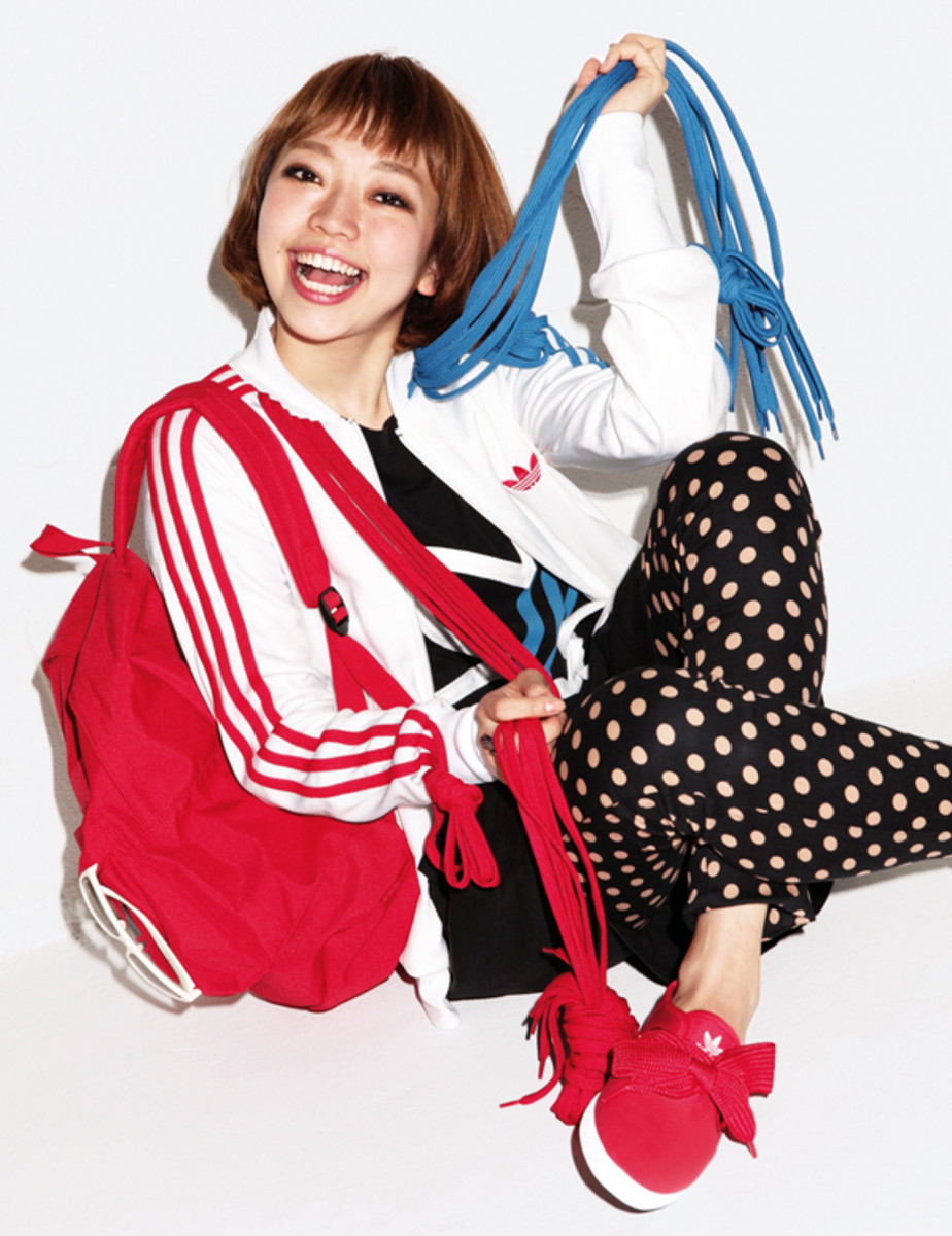 adidas-originals-japan-women-2010-lookbook-40