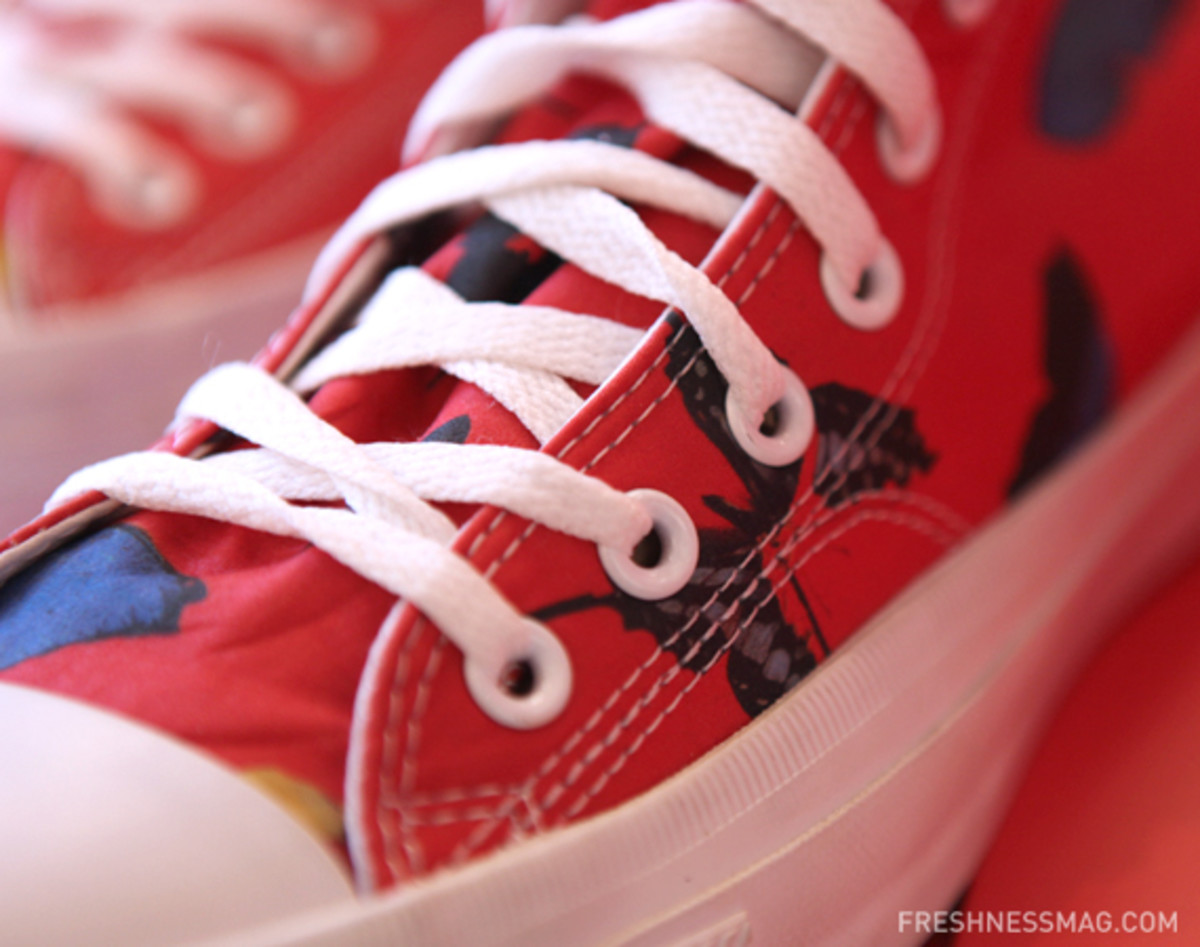 converse-soho-damien-hirst-product-red-chuck-19