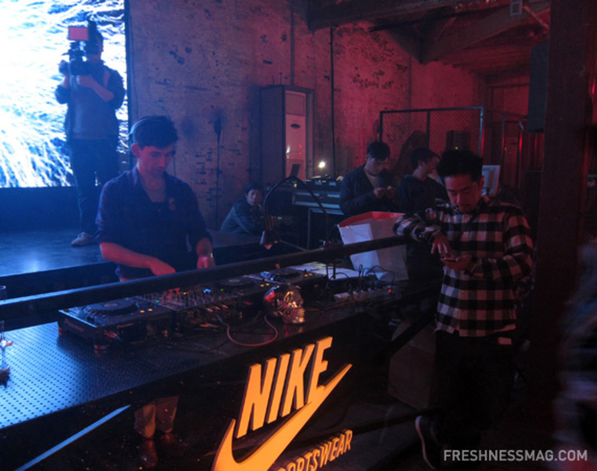nike-sportswear-china-destroy-to-create-event-48