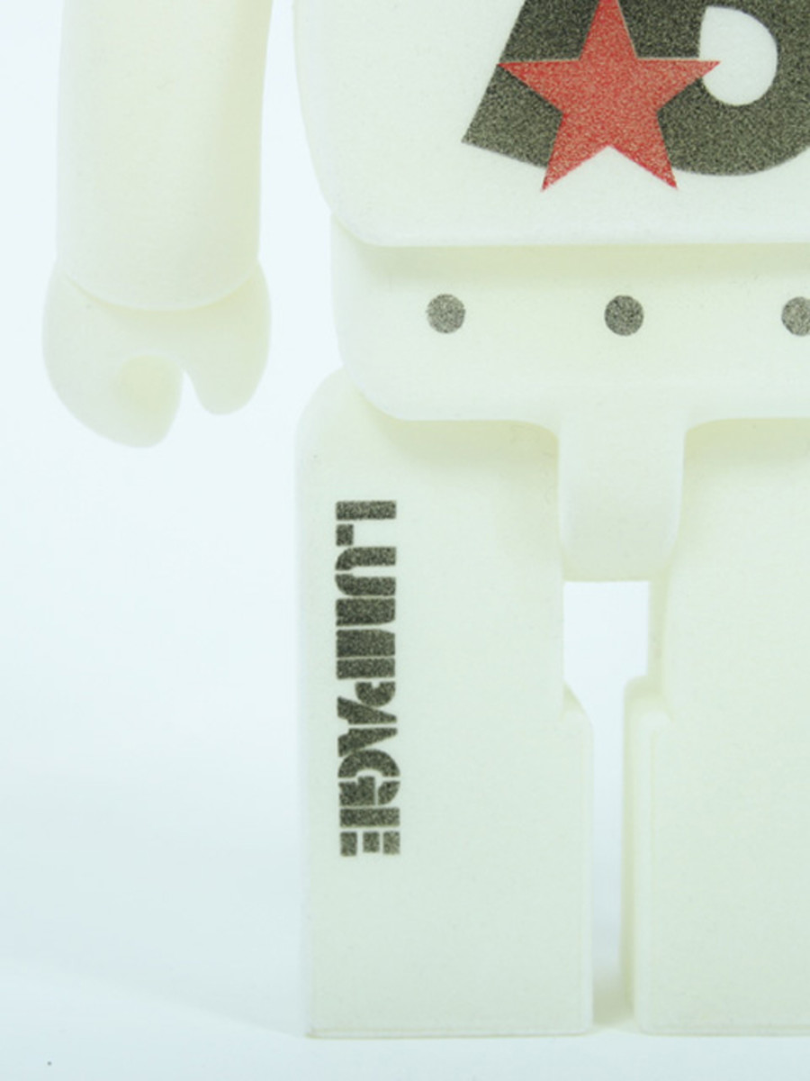 10th Anniversary Bearbrick 400 8