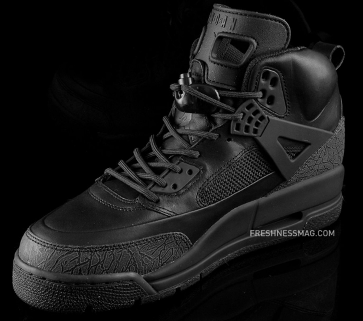 air-jordan-winterized-spizike-black-anthracite-04