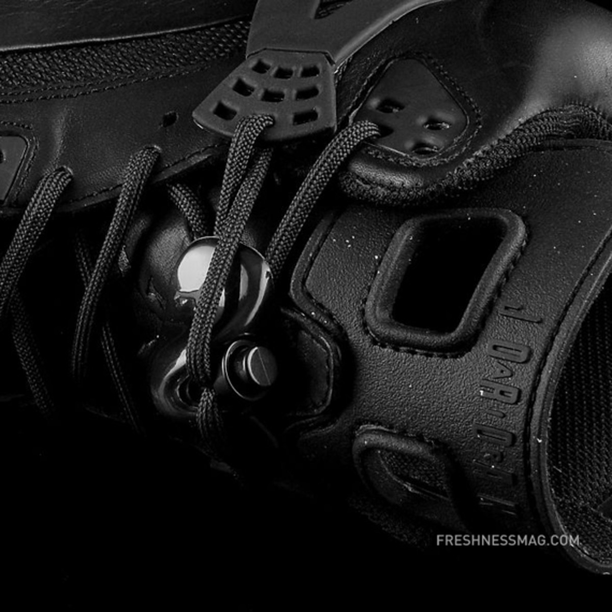 air-jordan-winterized-spizike-black-anthracite-13