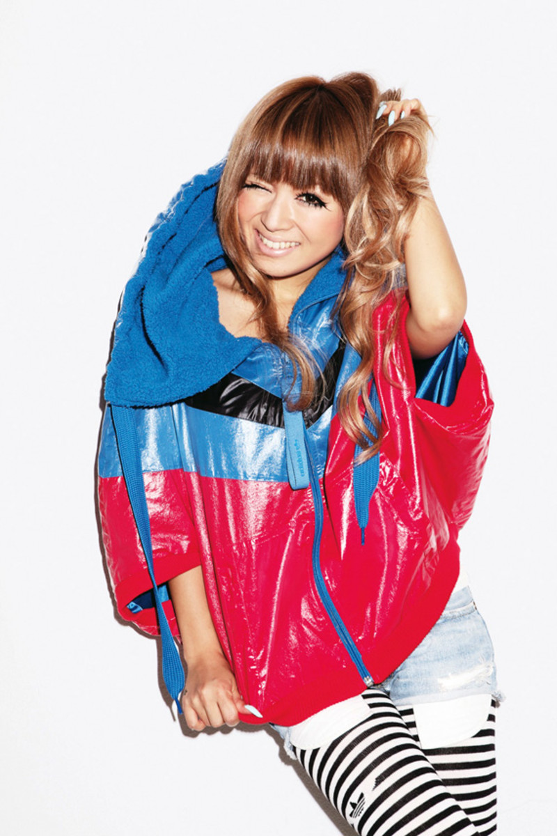 adidas-originals-japan-women-2010-lookbook-07