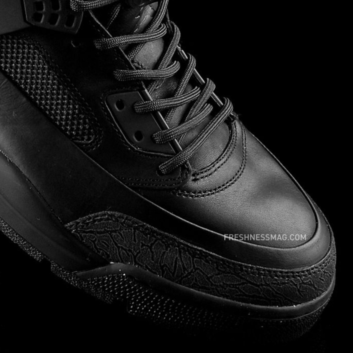 air-jordan-winterized-spizike-black-anthracite-02