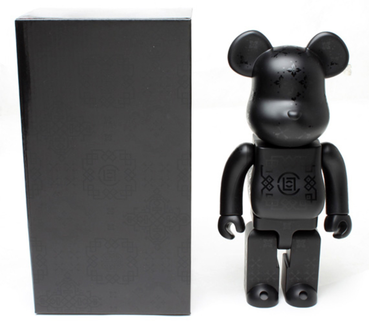 medicom-toy-clot-silk-bearbrick-06