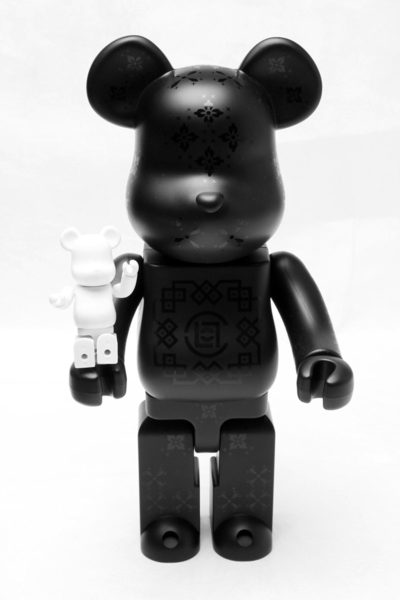 medicom-toy-clot-silk-bearbrick-02