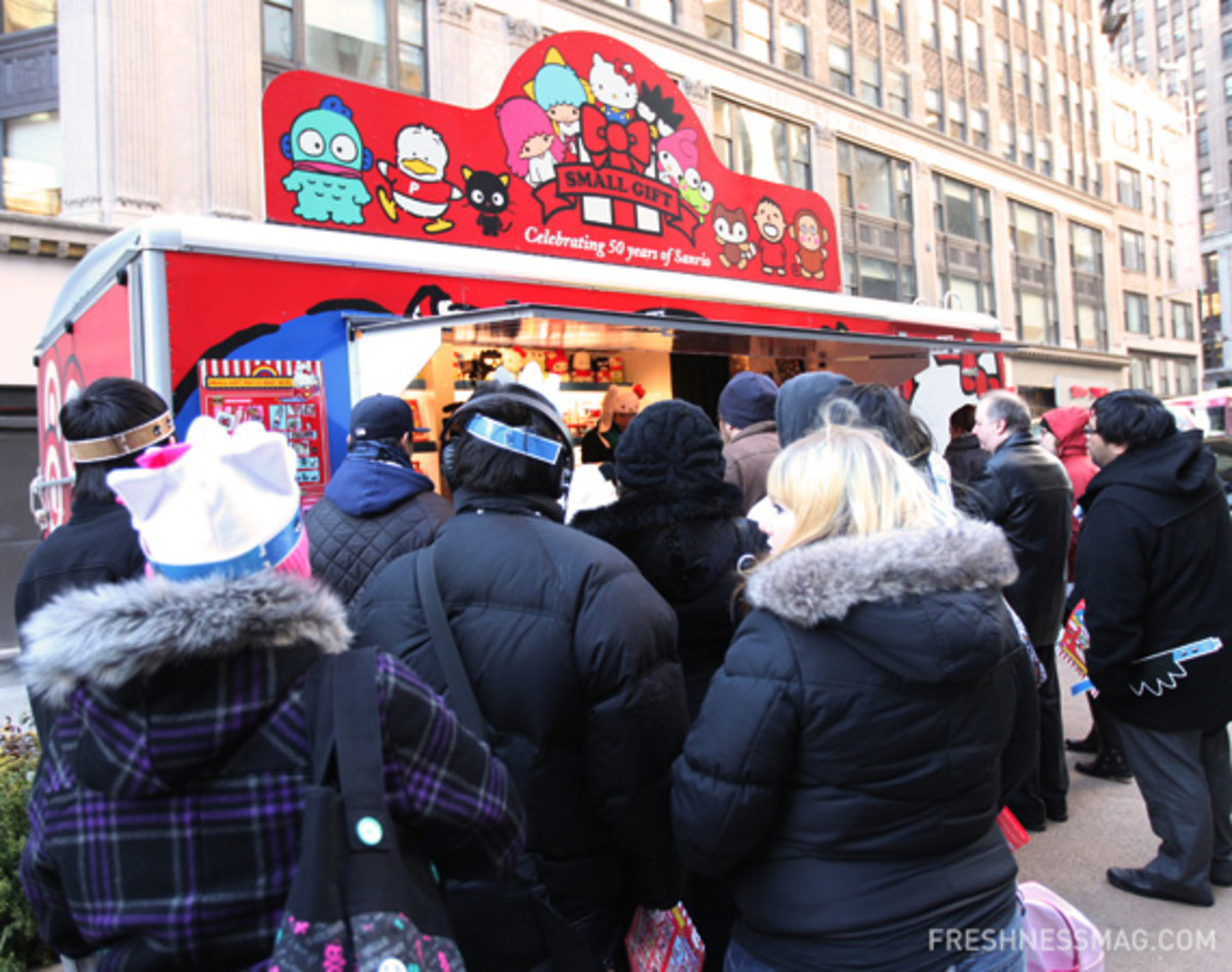 sanrio-50th-small-gift-pop-up-shop-nyc-04