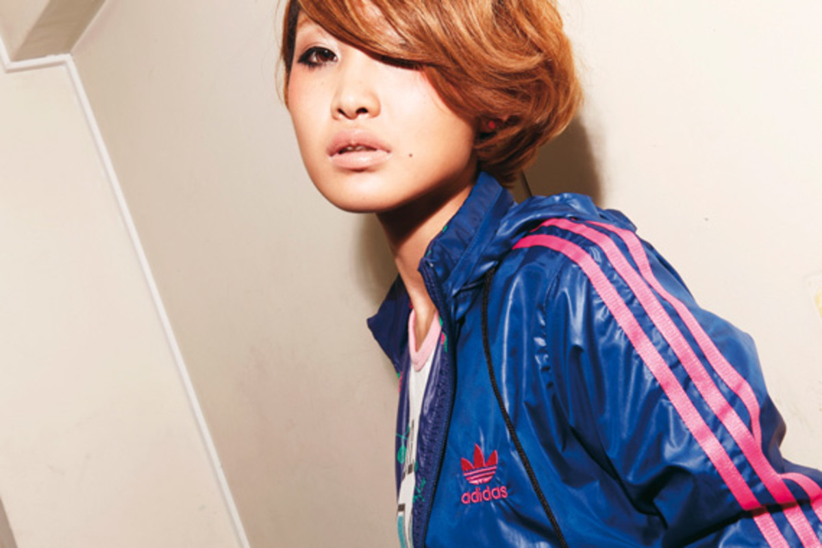 adidas-originals-japan-women-2010-lookbook-09