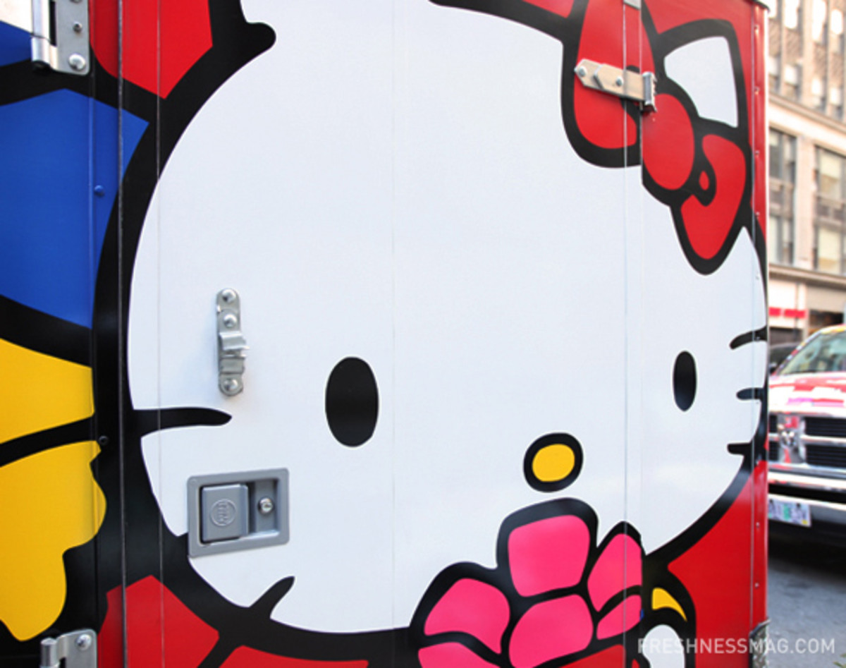 sanrio-50th-small-gift-pop-up-shop-09
