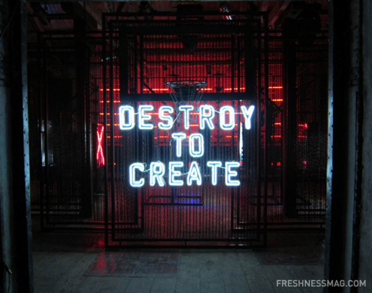 nike-sportswear-china-destroy-to-create-event-11