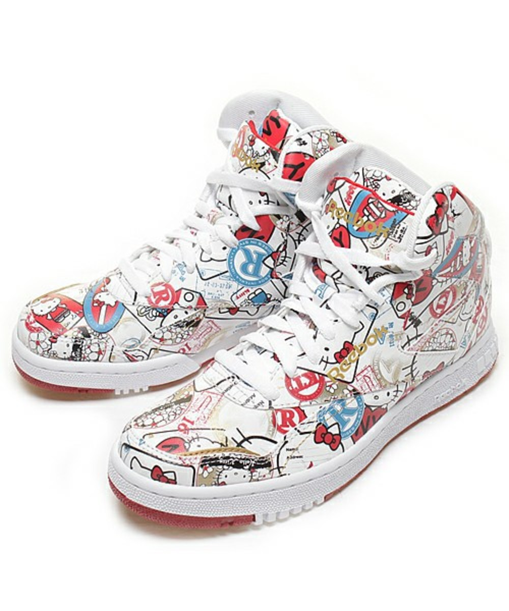 Hello Kitty x Reebok PT-20 INT 11