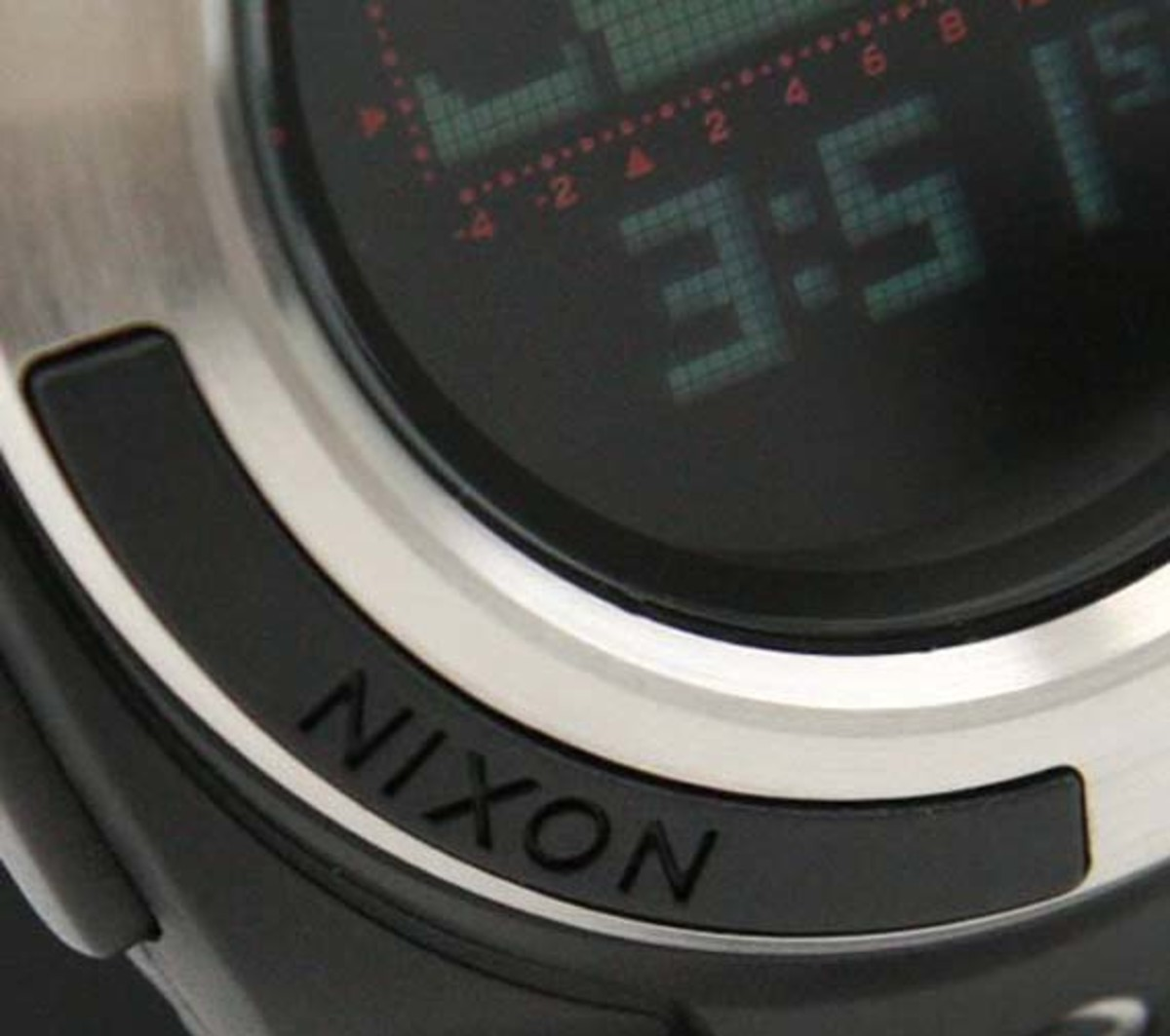 nixon-outsider-watch-sm