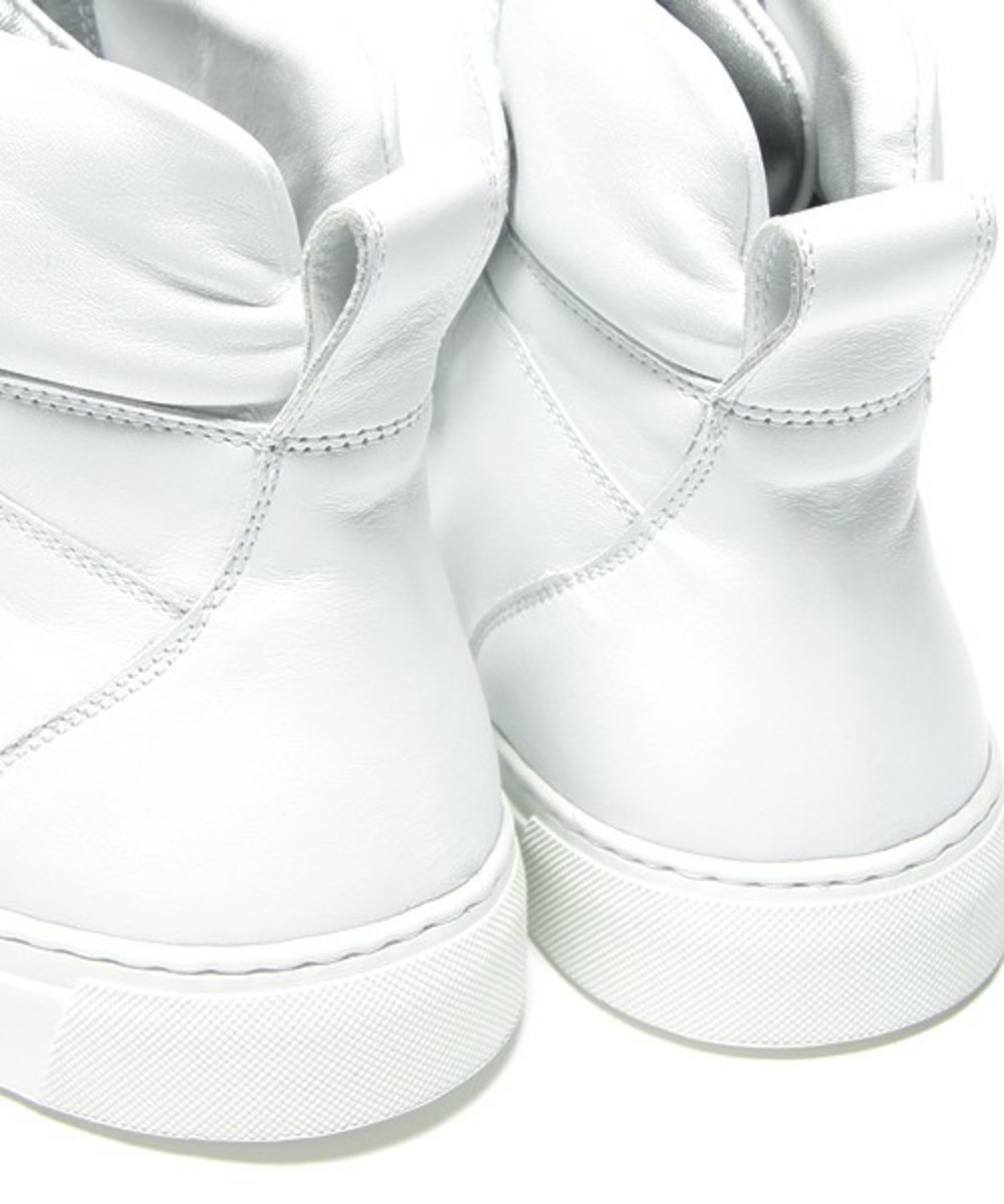 Marc Jacobs High Top Sneakers 18