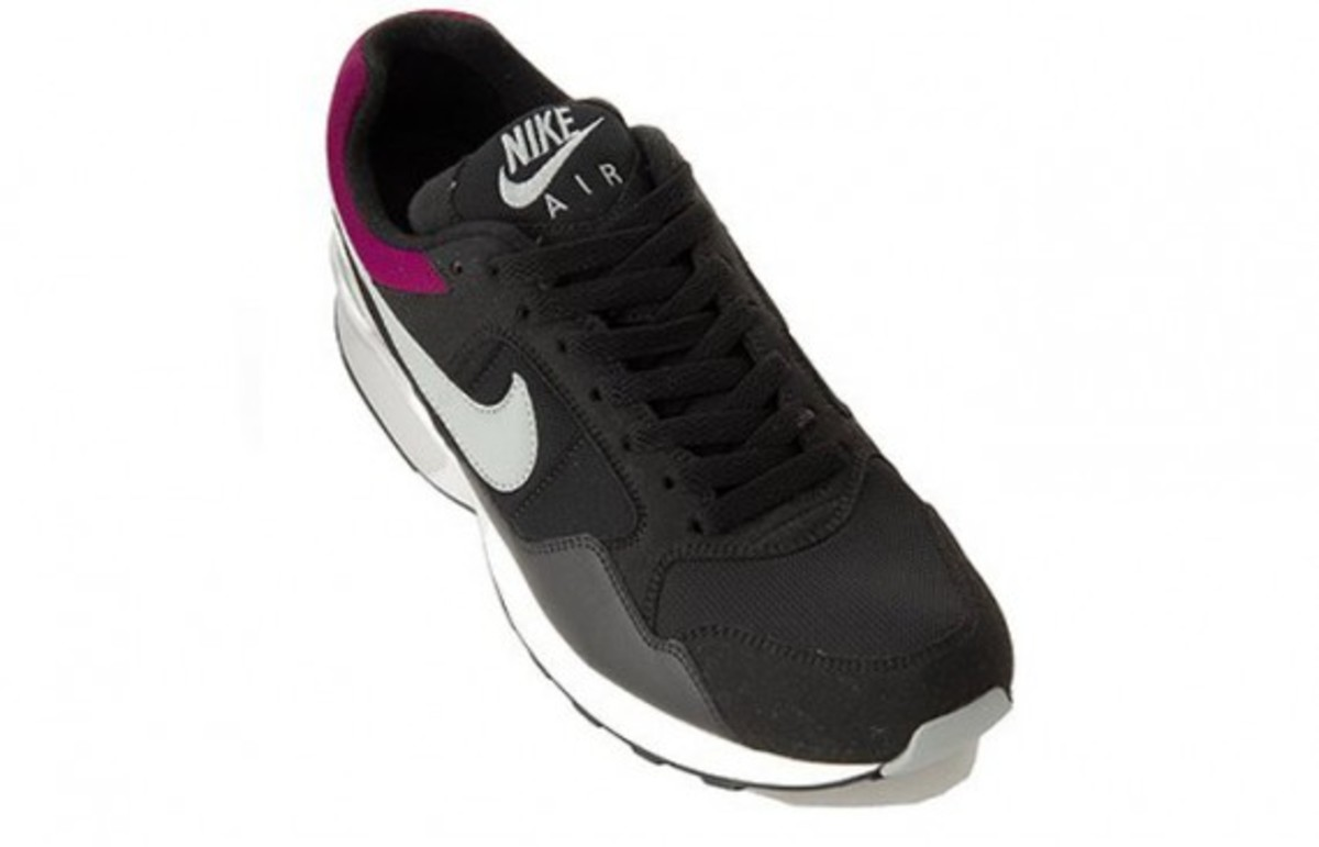 nike-air-pegasus-black-2