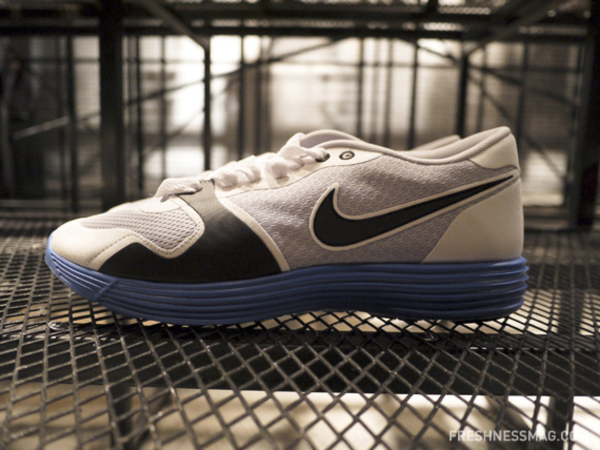 nike-sportswear-spring-2011-preview-china-media-summit-19