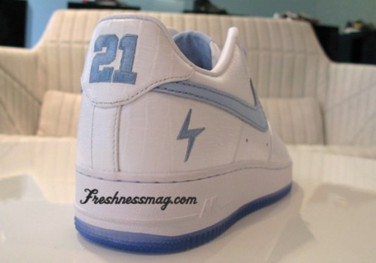 LaDainian Tomlinson (LT) Nike 1World Air Force 1
